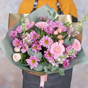 Букет хризантемы с пионовидными розами в упаковке R1133