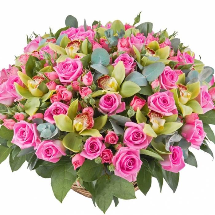 Сборная корзина с розами и орхидеями R008